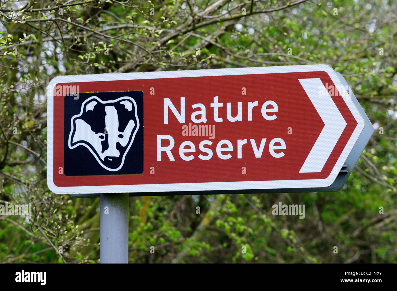 Natur-Reserve-Wegweiser von Hayley Wood, in der Nähe von Longstowe, Cambridgeshire, England, UK Stockbild
