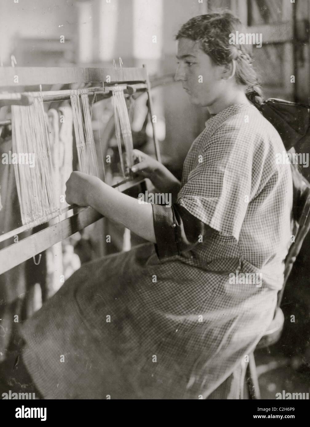 Harness Maker Stockfotos & Harness Maker Bilder - Alamy