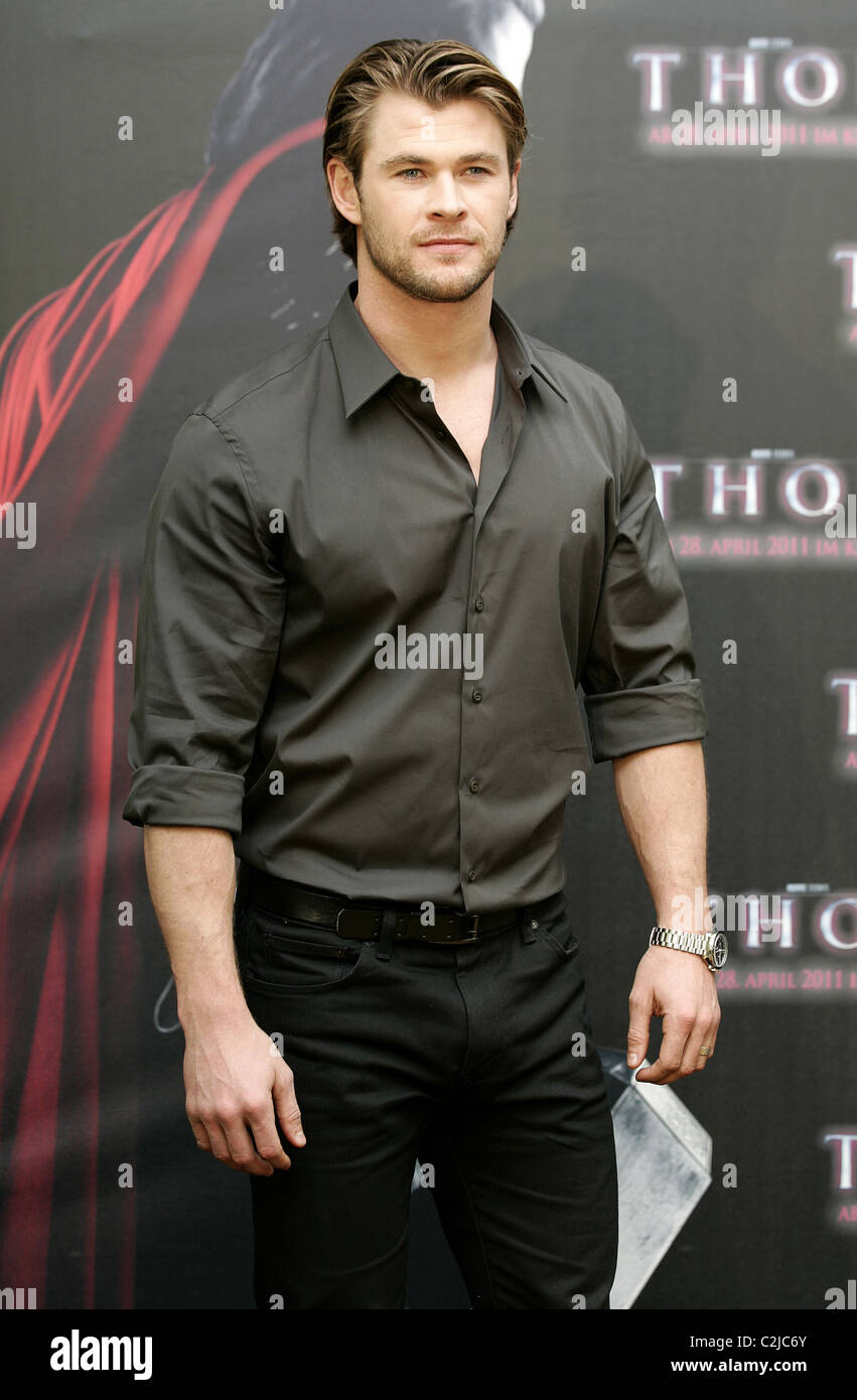 CHRIS HEMSWORTH THOR PHOTO CALL HOTEL Bayerischer HOF München 13. April 2011 Stockbild