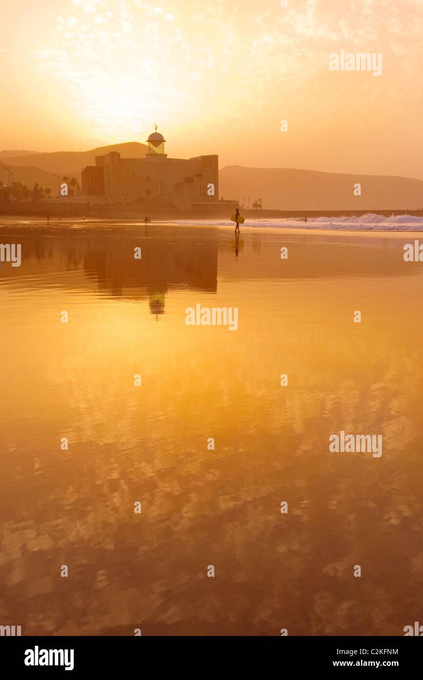 Sonnenuntergang am Las Canteras Strand auf Gran Canaria Stockbild
