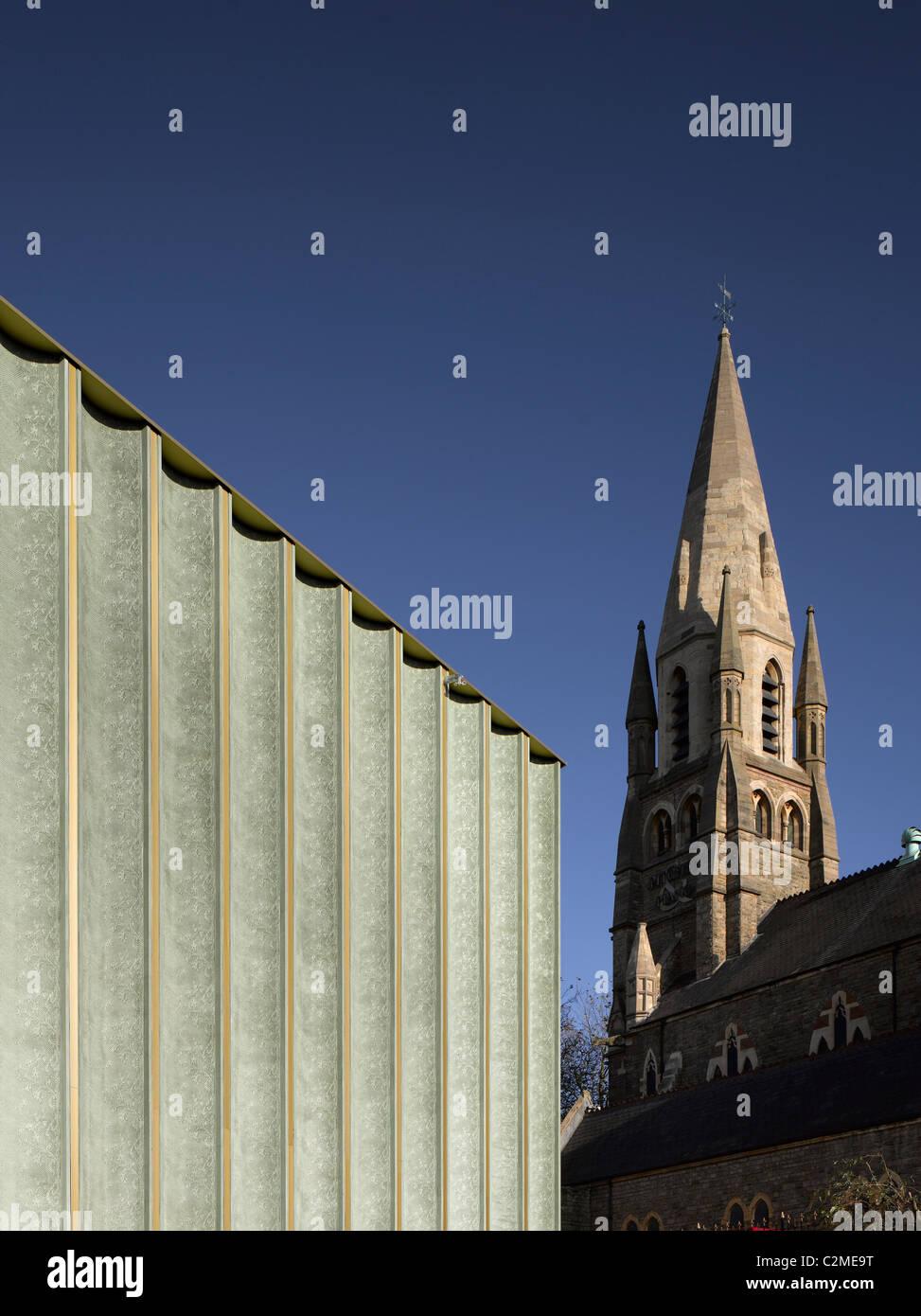 Nottingham Contemporary, Fassade der Spitze gemusterten Oberfläche von Betonfertigteilen inspiriert durch die Stockbild