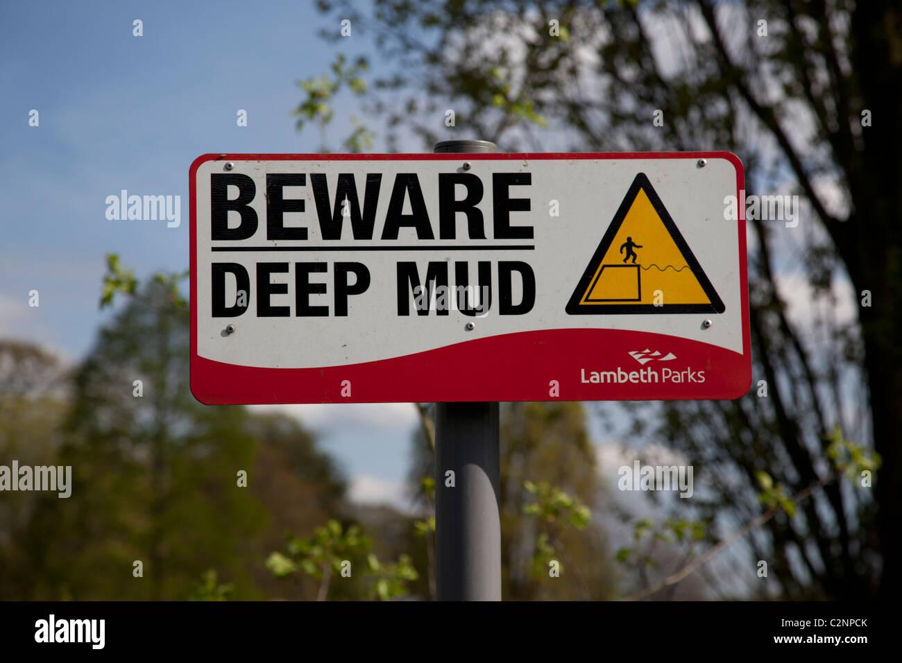 deep mud stockfotos deep mud bilder alamy. Black Bedroom Furniture Sets. Home Design Ideas