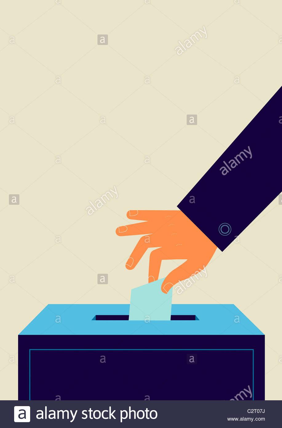 Hand, Stimmzettel in die Wahlurne Stockbild