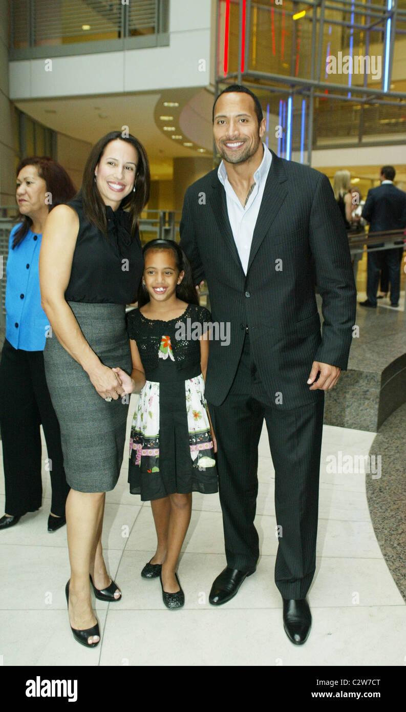 Super Dwayne Johnson, The Rock mit seiner Ex-Frau und Tochter, die &KK_47