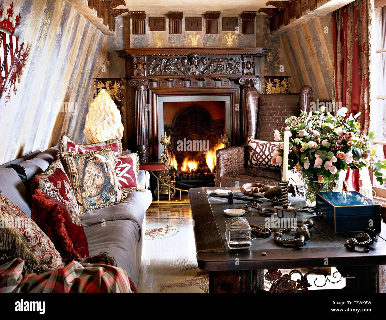Gotischen Stil Wohnzimmer mittelalterliche Romantik Stockfoto, Bild ...