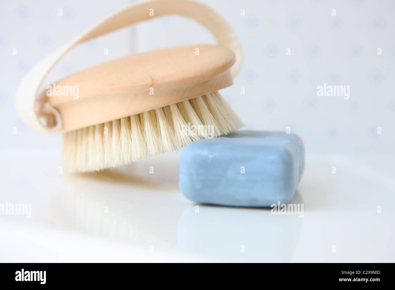 Seife und Bürste Stockfoto