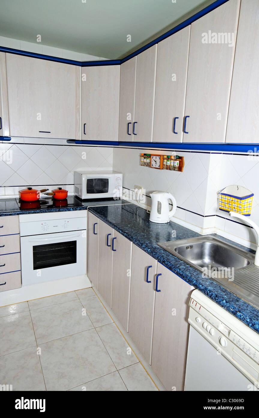 Groß Kommerzielle Küche Drahtgestelle Fotos - Die Besten ...