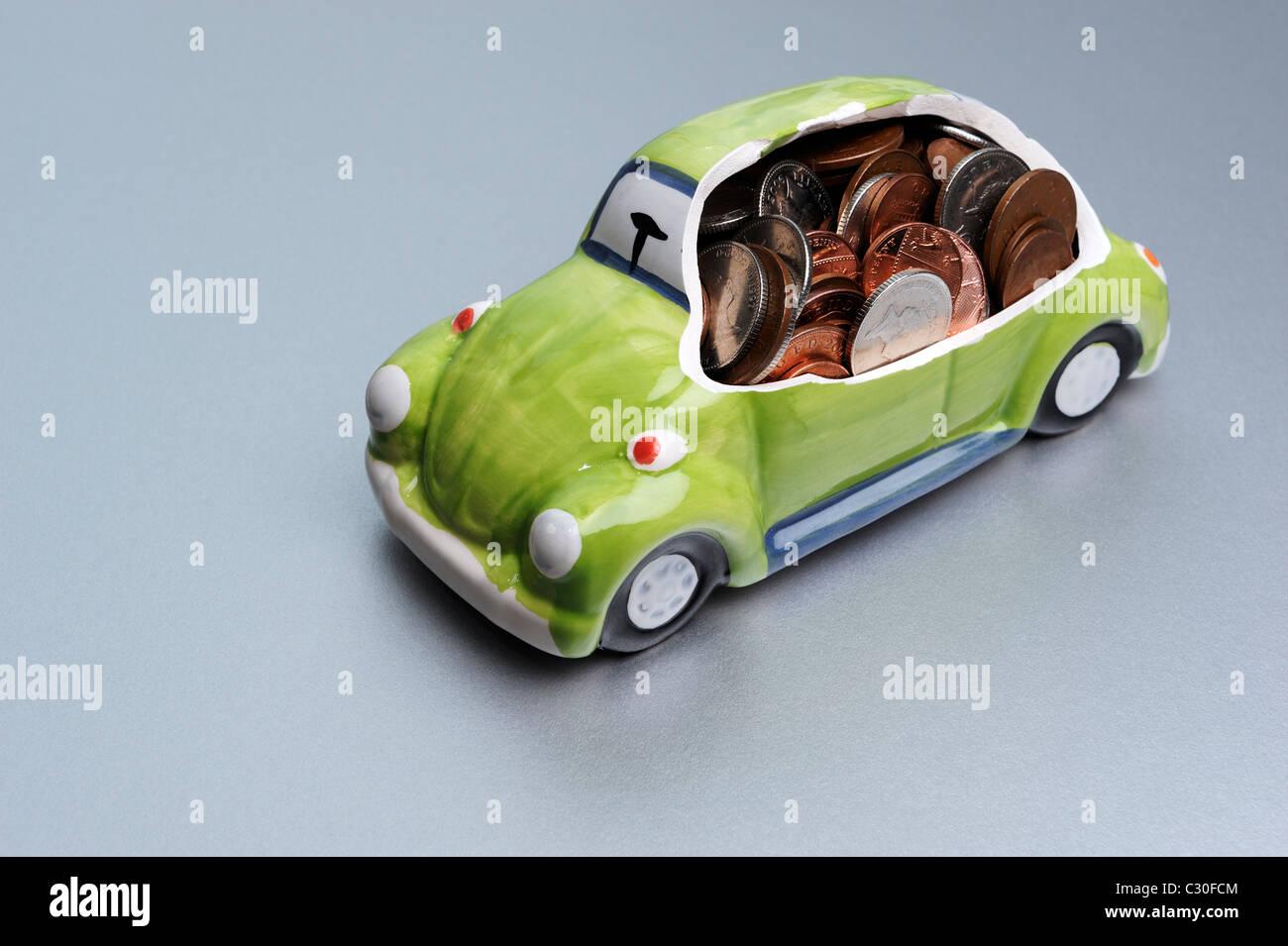 Auto und Münzen Stockbild