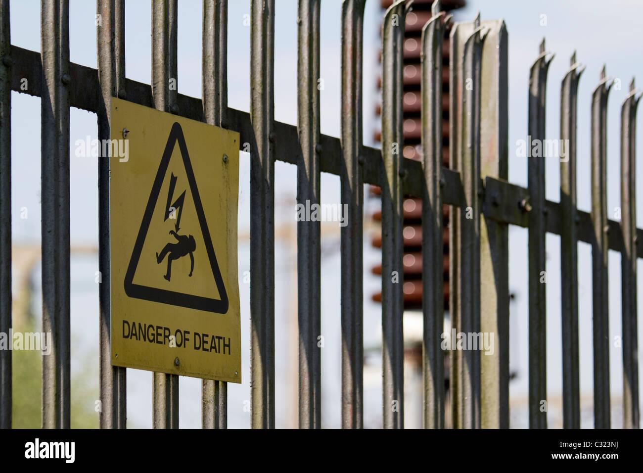 Electricity Sign Stockfotos & Electricity Sign Bilder - Alamy