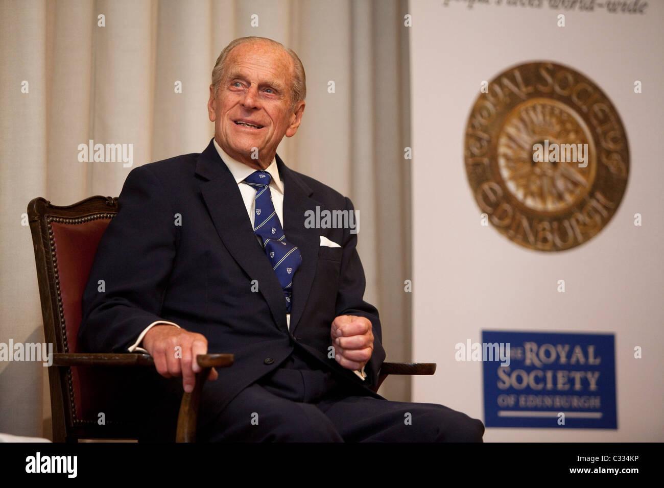 HRH The Duke of Edinburgh bei der Royal Society of Edinburgh, königlichen Medaillen zu präsentieren Stockfoto