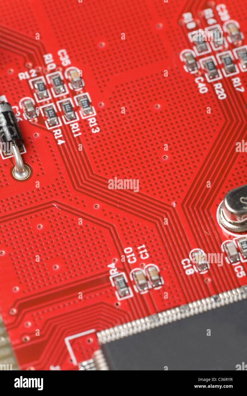 Red Circuit Board Nahaufnahme Schuss für Hintergrund Stockbild