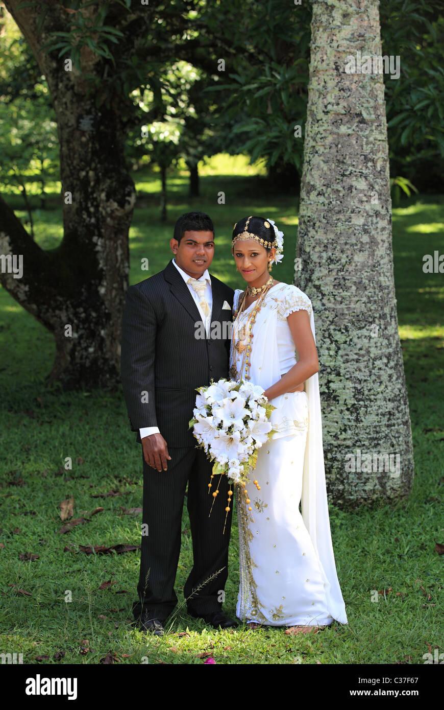 Großzügig Sri Lanka Hochzeit Dekorationen Galerie - Brautkleider ...