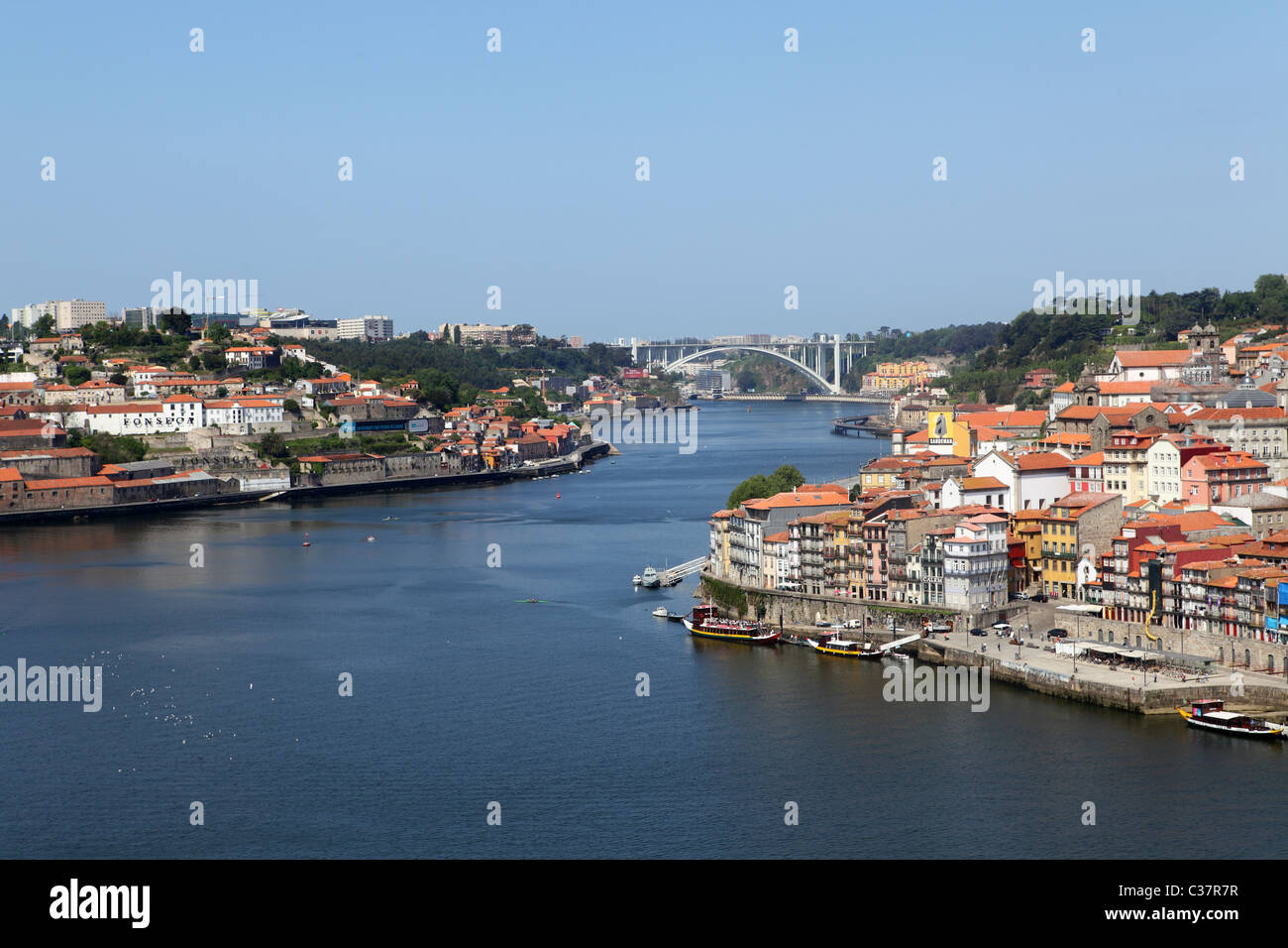 fluss douro stockfotos fluss douro bilder alamy. Black Bedroom Furniture Sets. Home Design Ideas