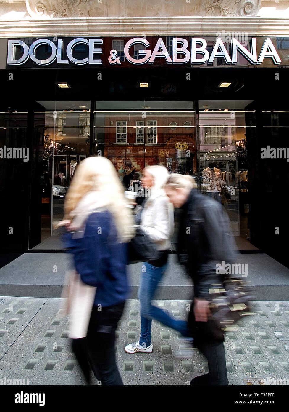 Außenaufnahme des Dolce & Gabana Store, Old Bond Street, London. Stockbild