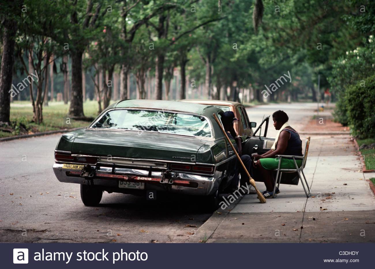 Entspannung im Auto, Savannah, Georgia, USA, 80er Jahre Stockbild