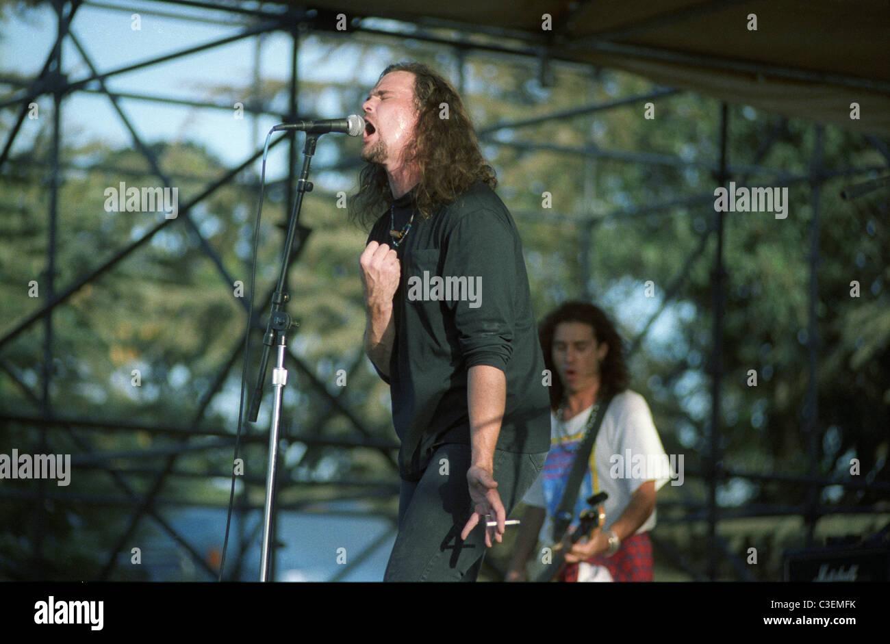Sänger John Easdale Dramarama bei Edgefest in der Nähe von Fresno 1991. 1990er Jahre California Stockbild