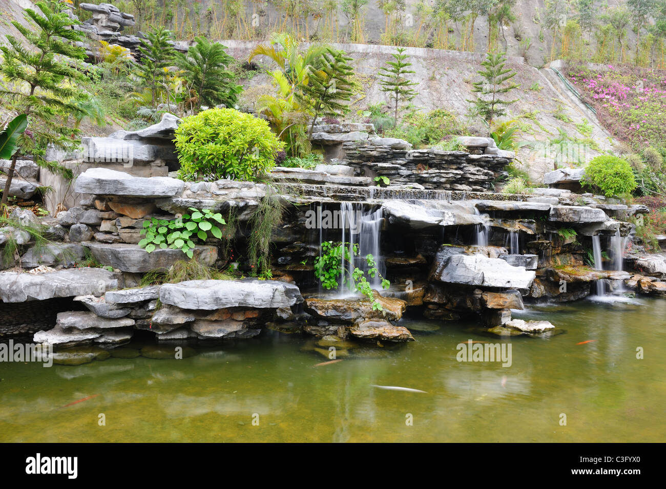 chinese rockery stockfotos chinese rockery bilder alamy. Black Bedroom Furniture Sets. Home Design Ideas