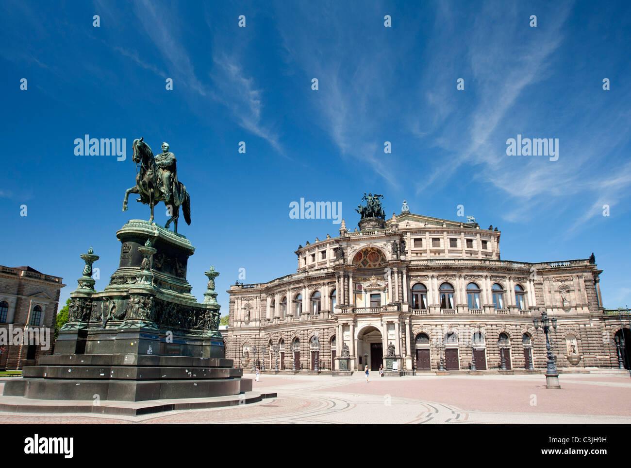 Das Opernhaus Semperoper in Dresden Sachsen Deutschland Stockbild