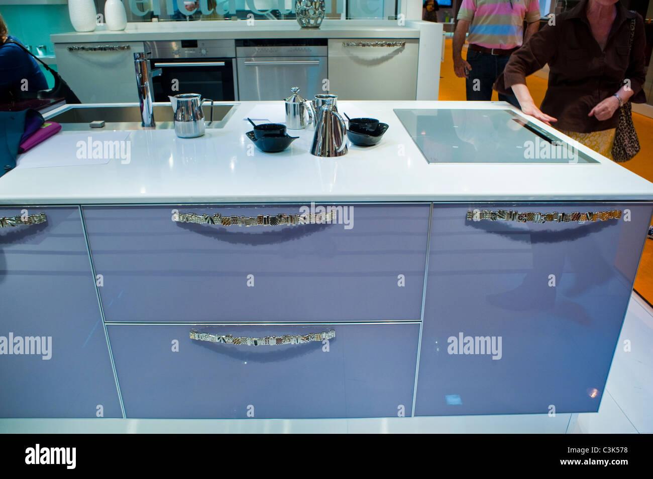 Paris France Kitchen Design Trade Stockfotos & Paris France Kitchen ...