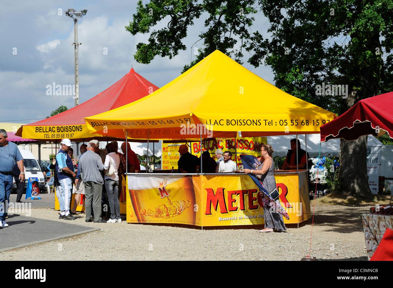 Stock Foto von einem französischen Getränke-Stand auf einem lokalen ...
