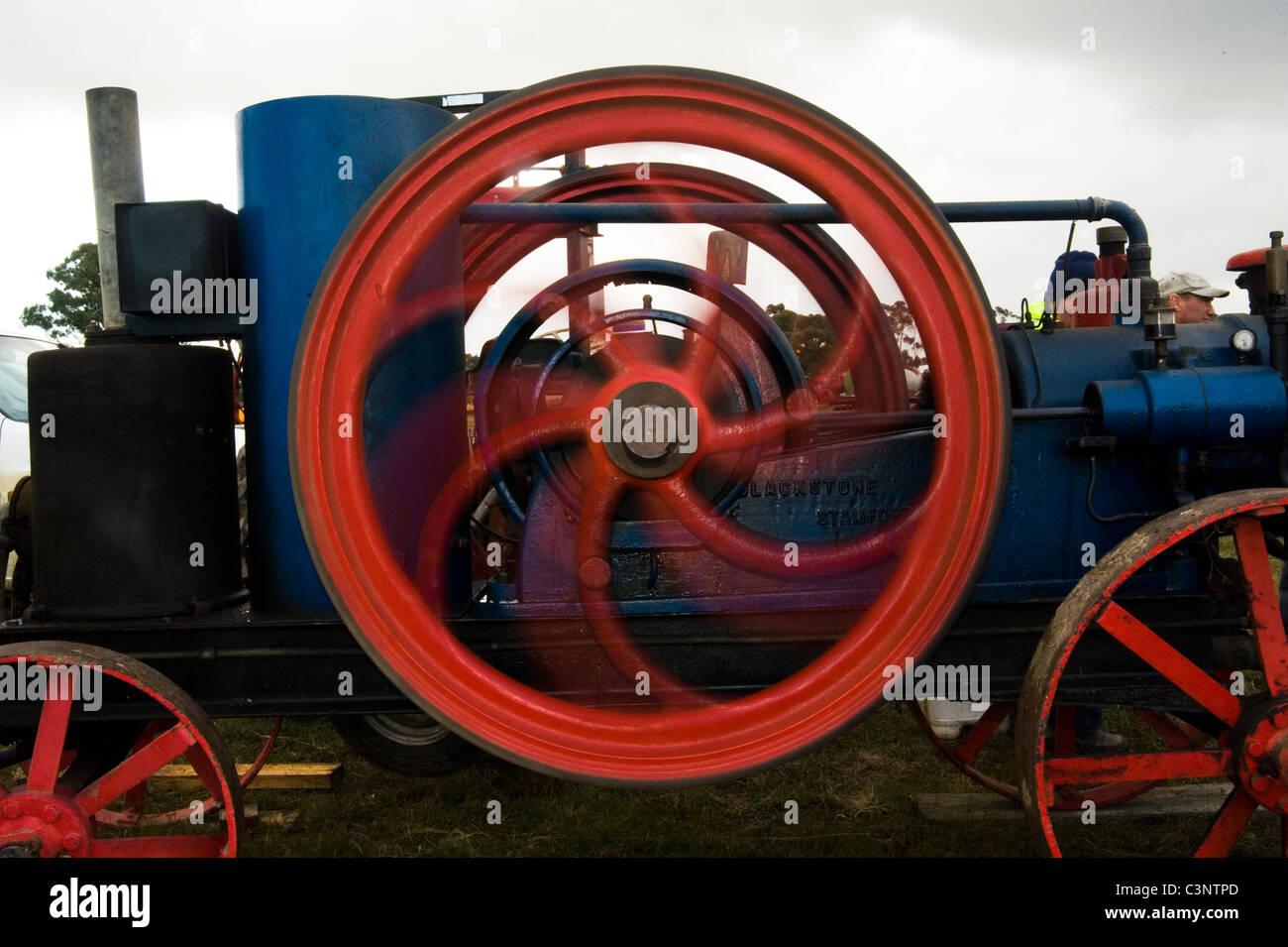 Dampf-angetriebenes Schwungrad drehen Stockbild