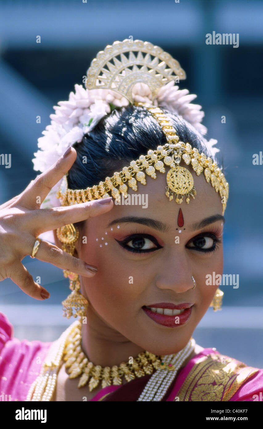 Indischer schmuck  Asien, asiatisch, Kostüm, Kopfschmuck, Holiday, Indien, Asien ...