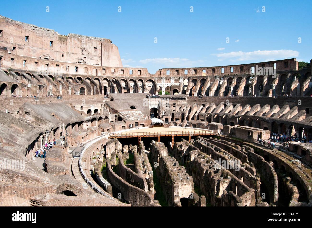 Innenansicht der Kolosseum - Rom, Italien Stockbild
