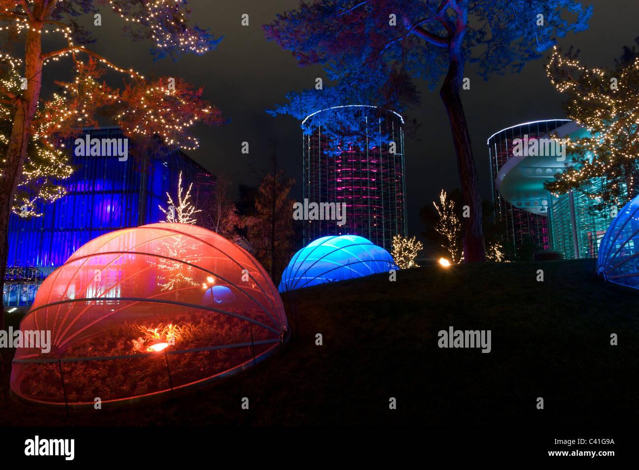 Autostadt Wolfsburg Weihnachtsmarkt.Hochauflösende Bilder Der Modernen Kunst Auf Dem Weihnachtsmarkt In