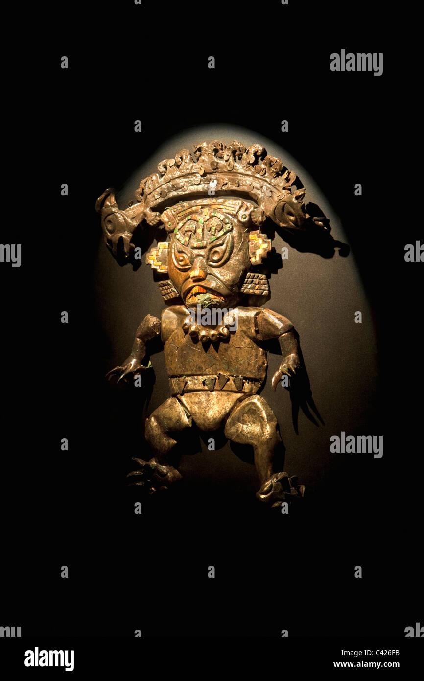 Lambayeque, Museum der Königsgräber von Sipan. Ornamente im Grab des Herrn von Sipan gefunden. Bild Katze Stockbild
