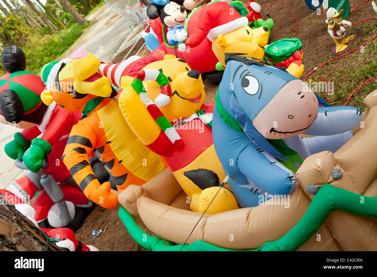Disney Inflatable Yard Decorations.Winnie The Pooh Charakter ...