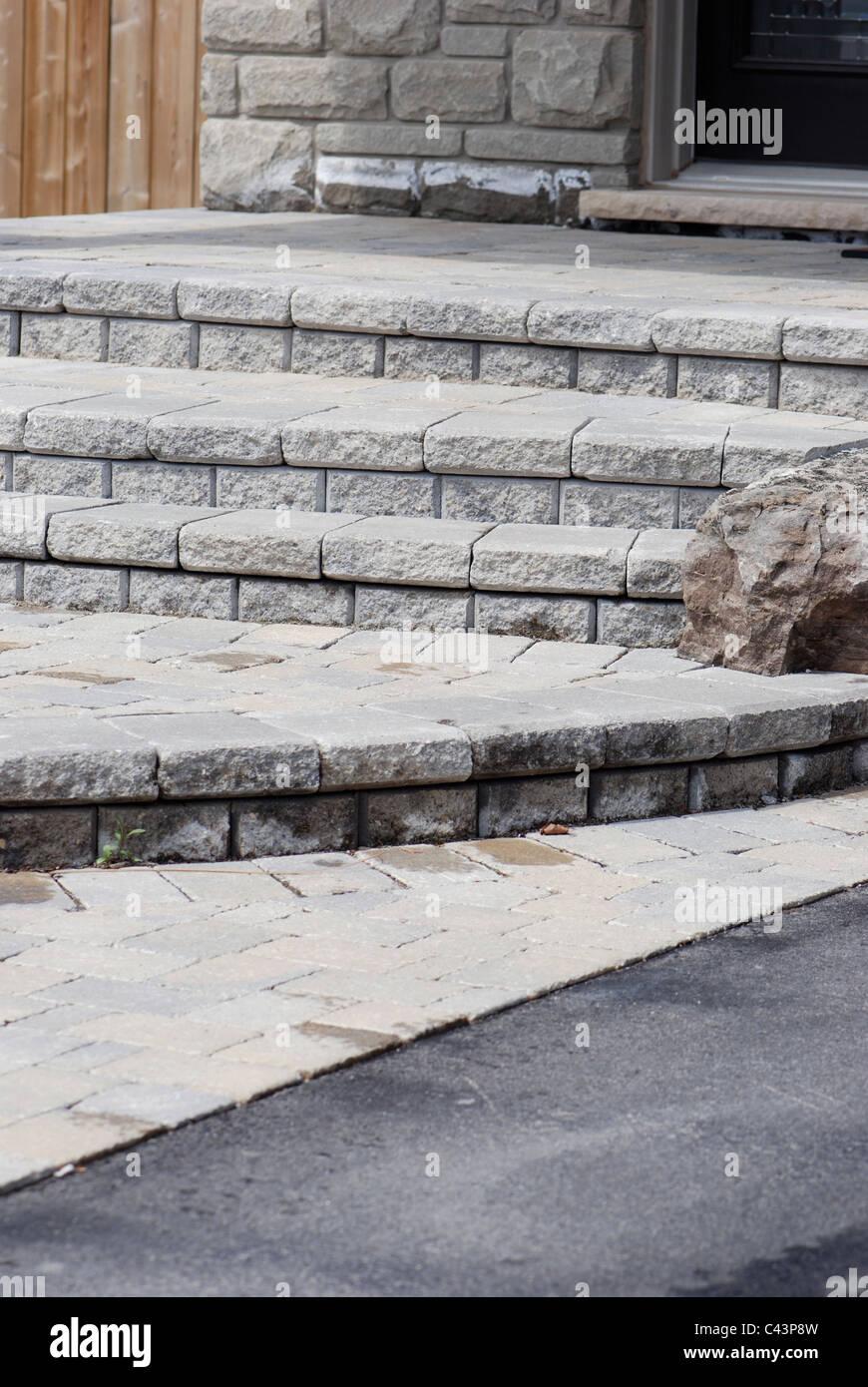 Gemauerte Treppen Außen gemauerte treppe bis vor die haustür haus stockfoto, bild: 36962713