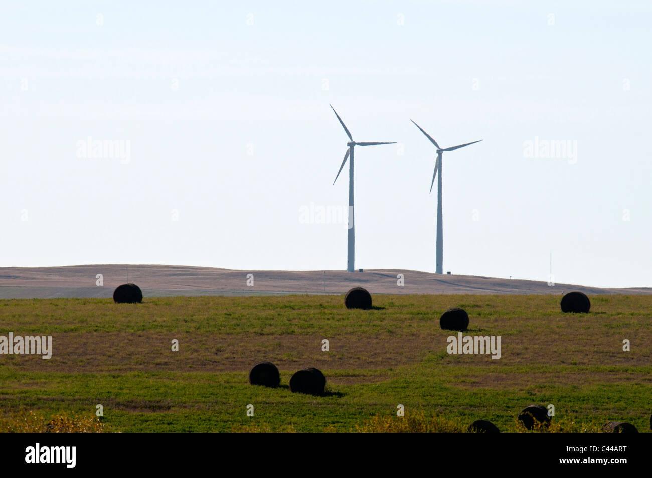 Sonne zu überbrücken, Wind Power Project, Gull Lake, Saskatchewan, Kanada, Wind, Kraft, Energie, Nordamerika, Stockbild