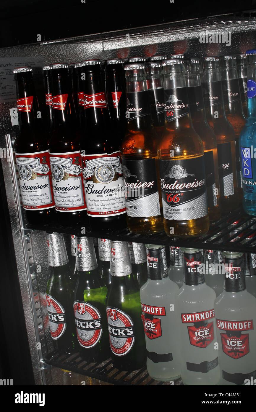 Wkd Alcopop Stockfotos & Wkd Alcopop Bilder - Alamy
