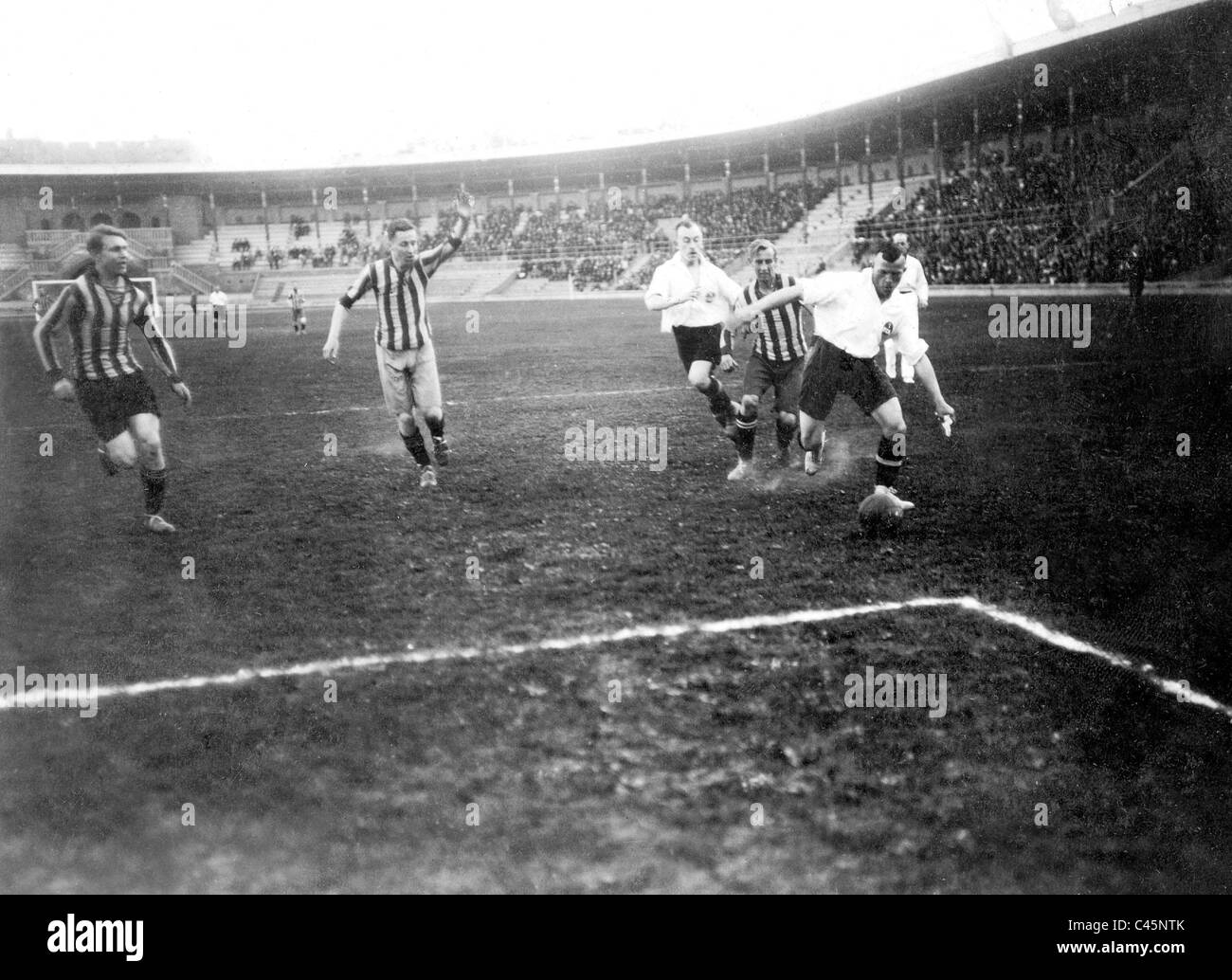 1.FC. Nürnberg gegen Djurgarden in Stockholm, 1919 Stockbild