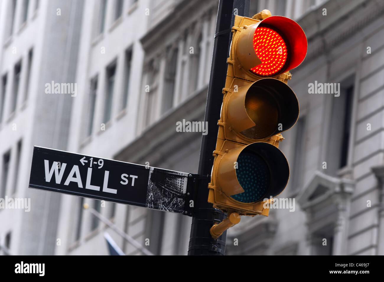 Die Wall Street Gegend in New Yorks Finanzdistrikt befindet sich der New Yorker Börse. Stockbild