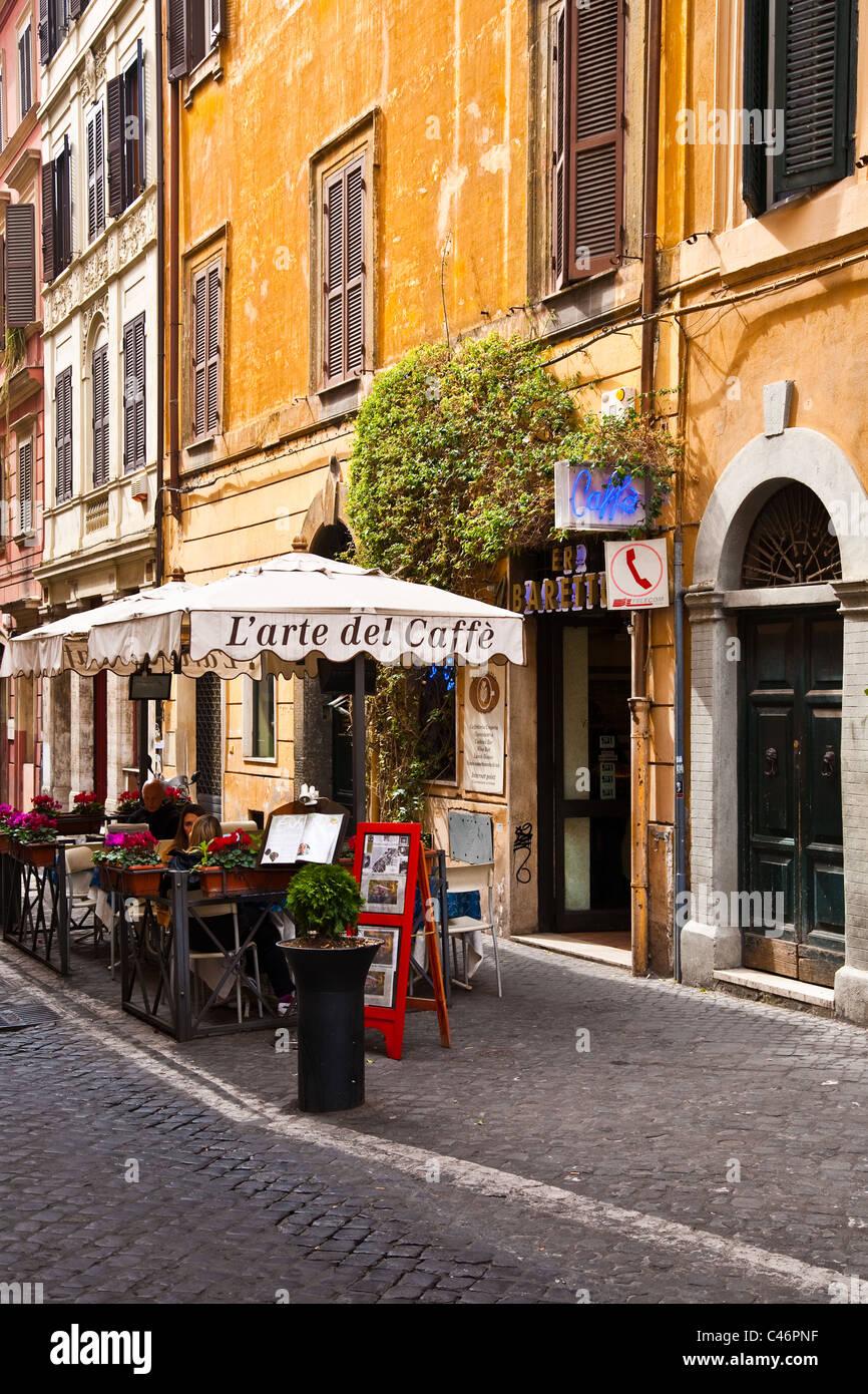 Ein am Straßenrand Bistro in Rom, Italien Stockbild
