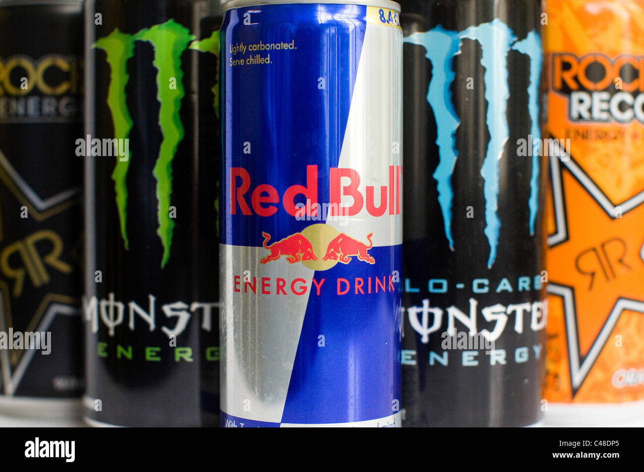 Mini Kühlschrank Rockstar : Energy drinks stockfotos & energy drinks bilder alamy