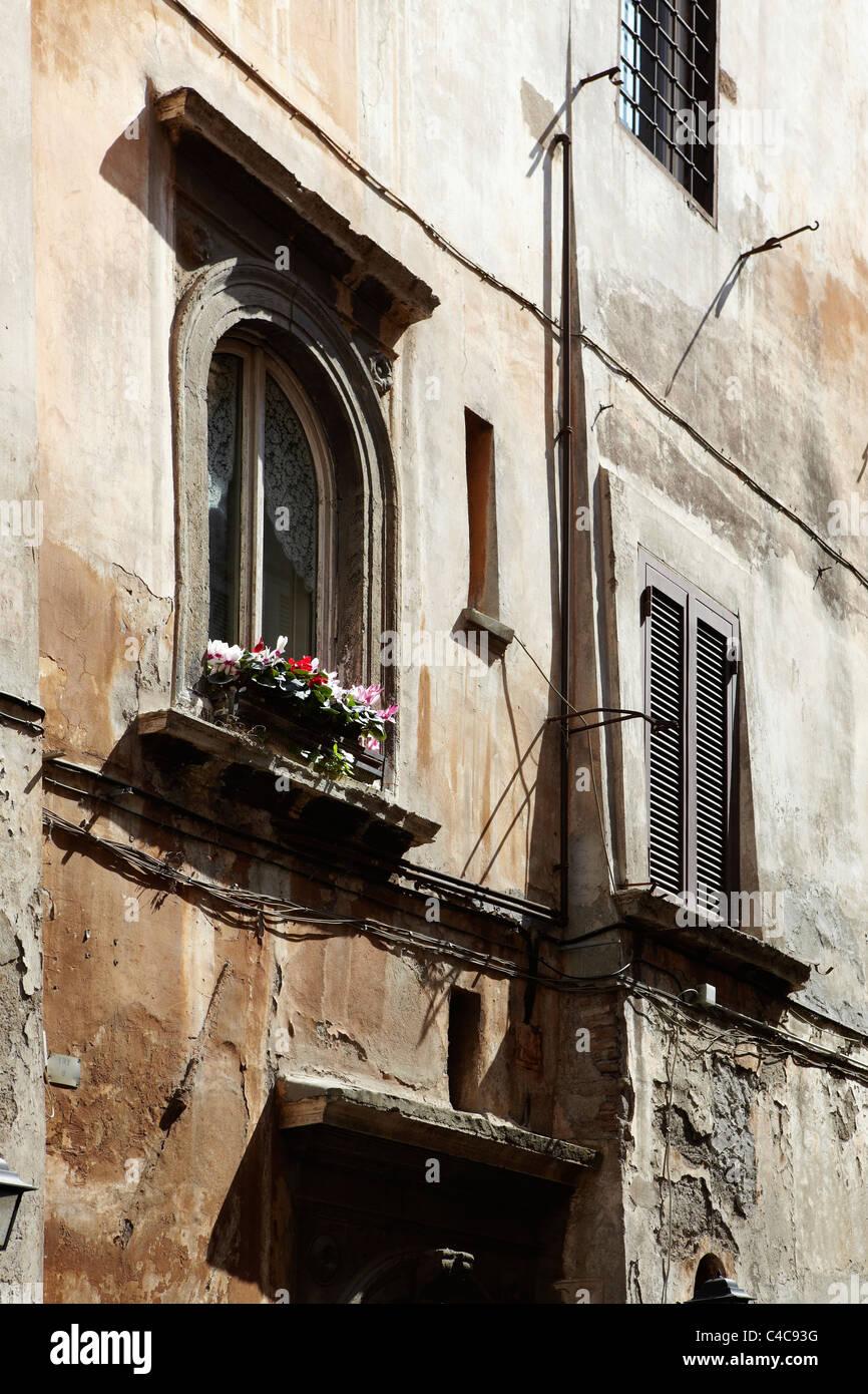 Architektonische Details aus den Gassen von Rom, Italien Stockbild