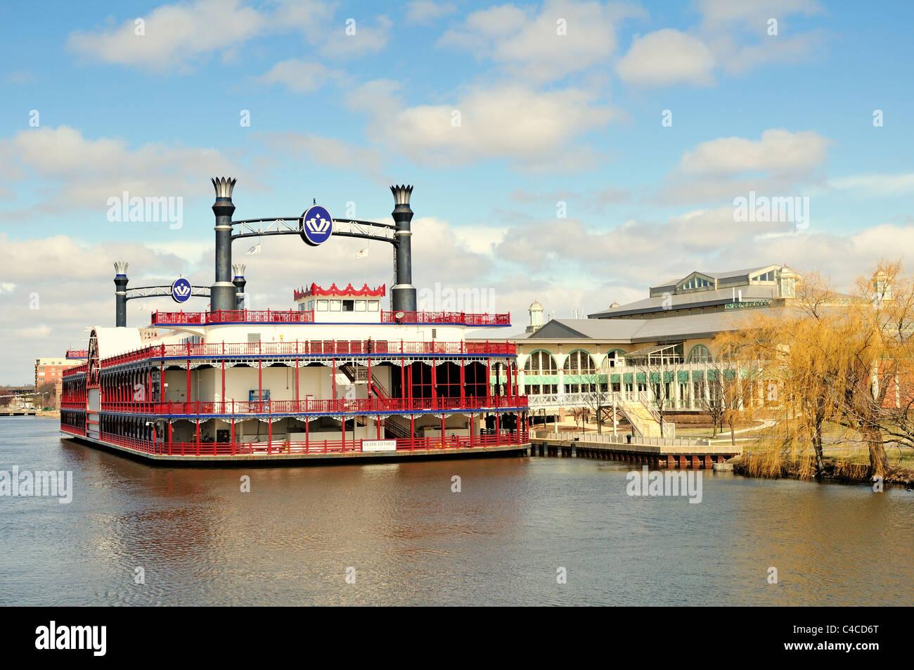 riverboat casino elgin il
