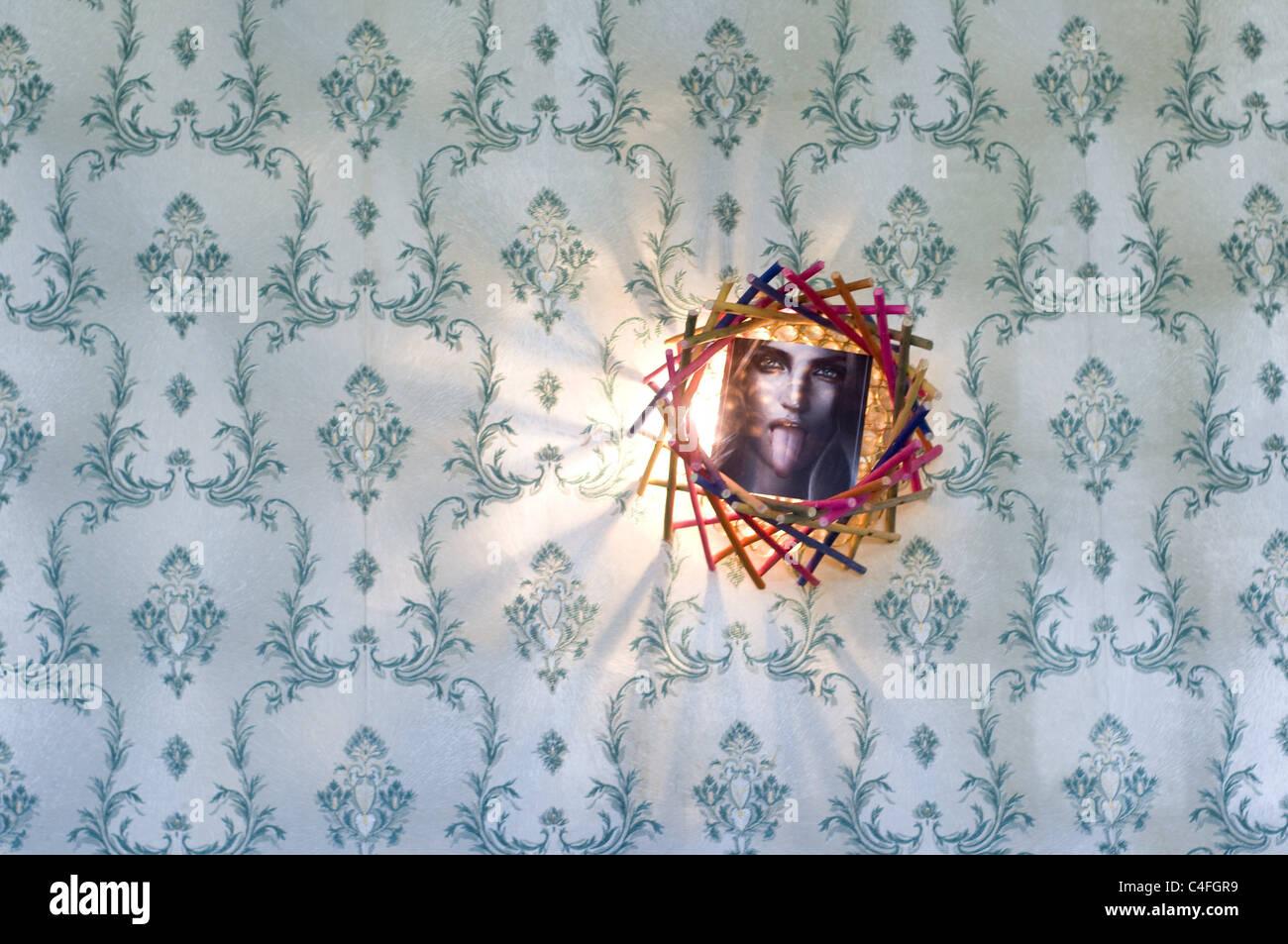 Bilderrahmen auf Tapete Stockfoto, Bild: 37221837 - Alamy