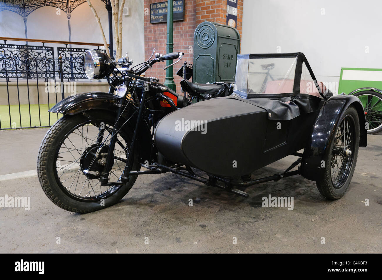 sidecar stockfotos sidecar bilder seite 2 alamy. Black Bedroom Furniture Sets. Home Design Ideas