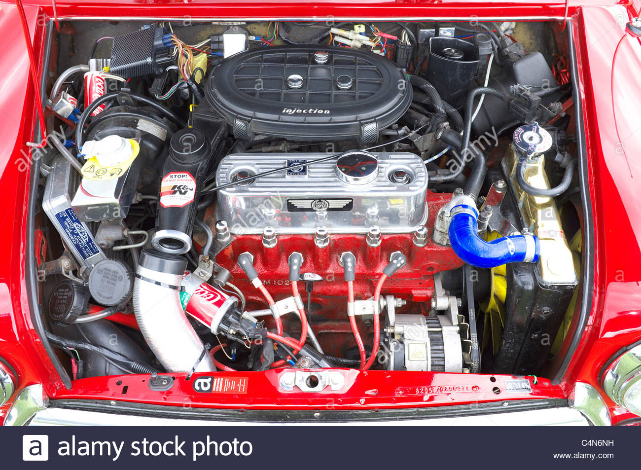 engine compartment stockfotos engine compartment bilder alamy. Black Bedroom Furniture Sets. Home Design Ideas