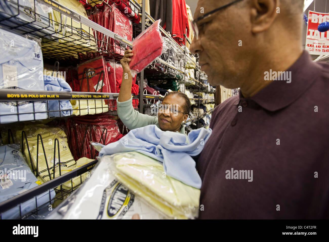 Können Sozialarbeiter von ehemaligen Kunden