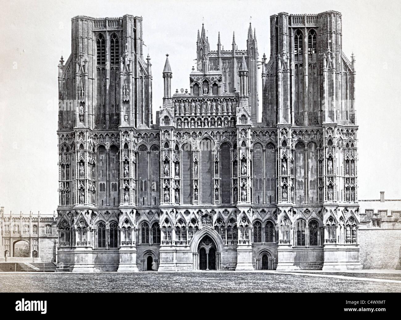 Wells Cathedral College Green Wells Somerset England UK historisches Foto um 1890 Stockbild