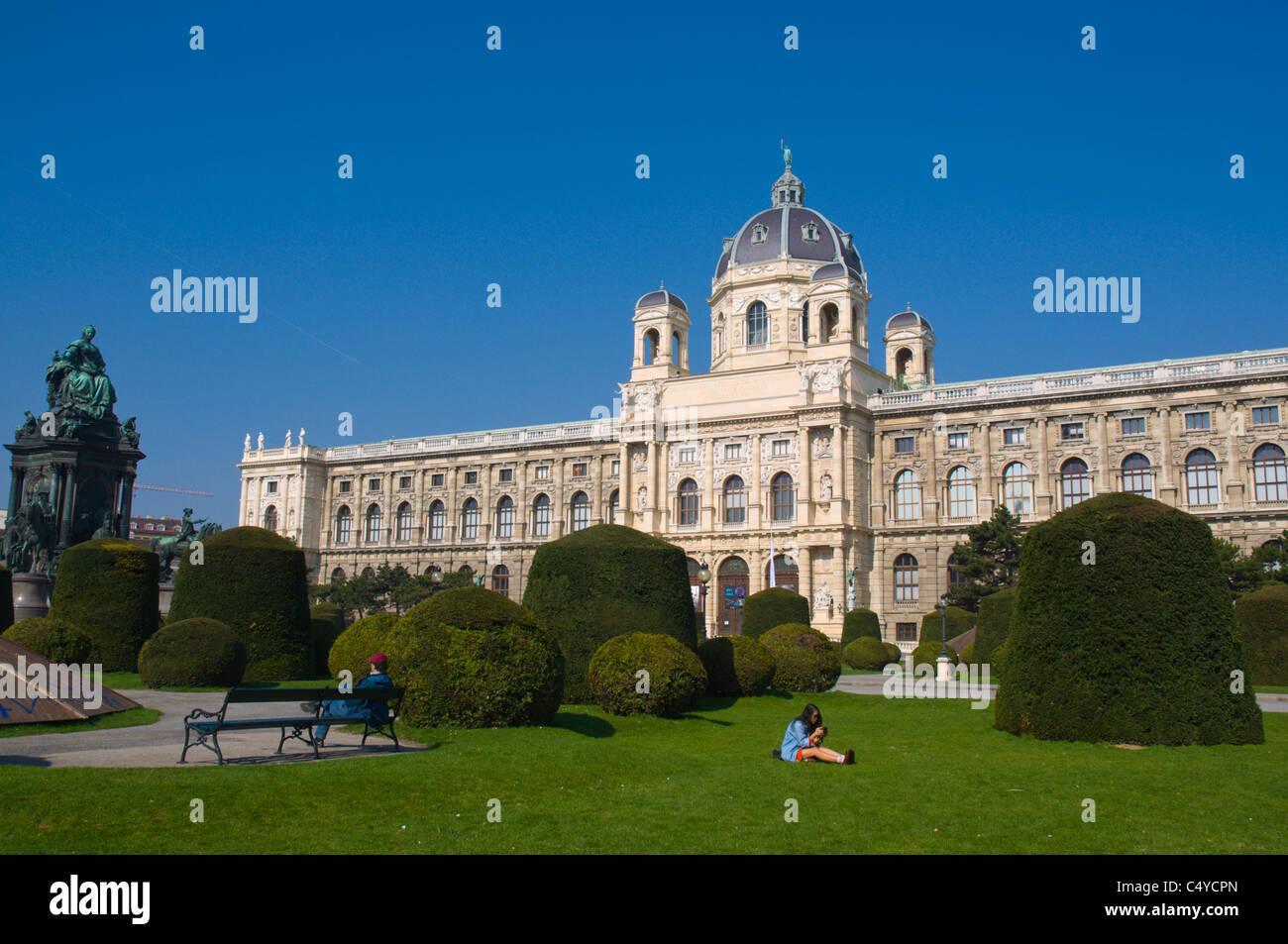 Naturhistorische Museum außen am Maria-Theresien-Platz quadratische Innere Stadt Vienna Austria zentrale Mitteleuropa Stockbild