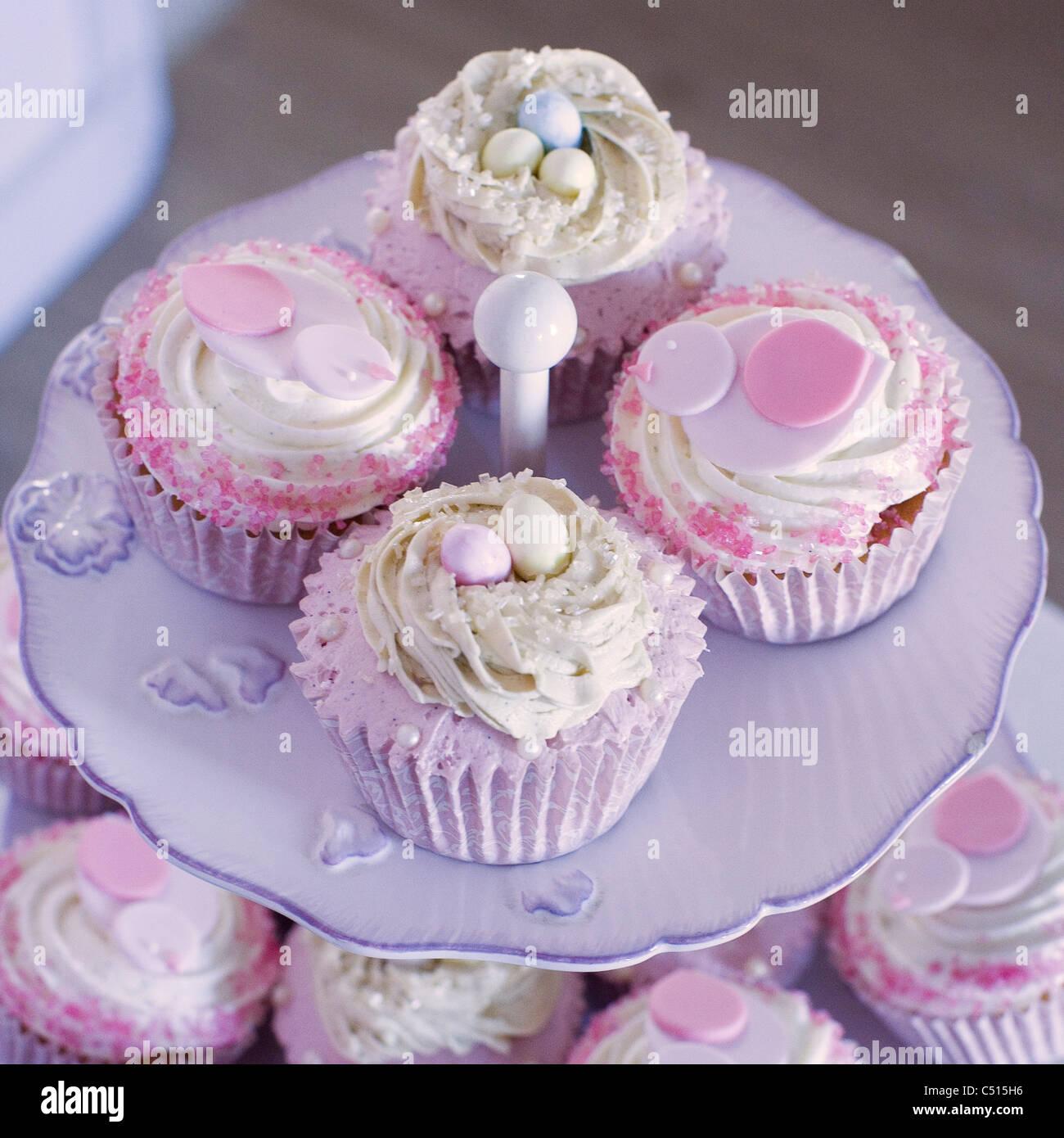 Hochzeit Cupcakes Stockfotos Hochzeit Cupcakes Bilder Alamy