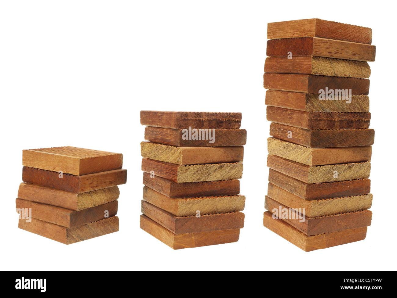Stapel von Holzklötzen Stockbild