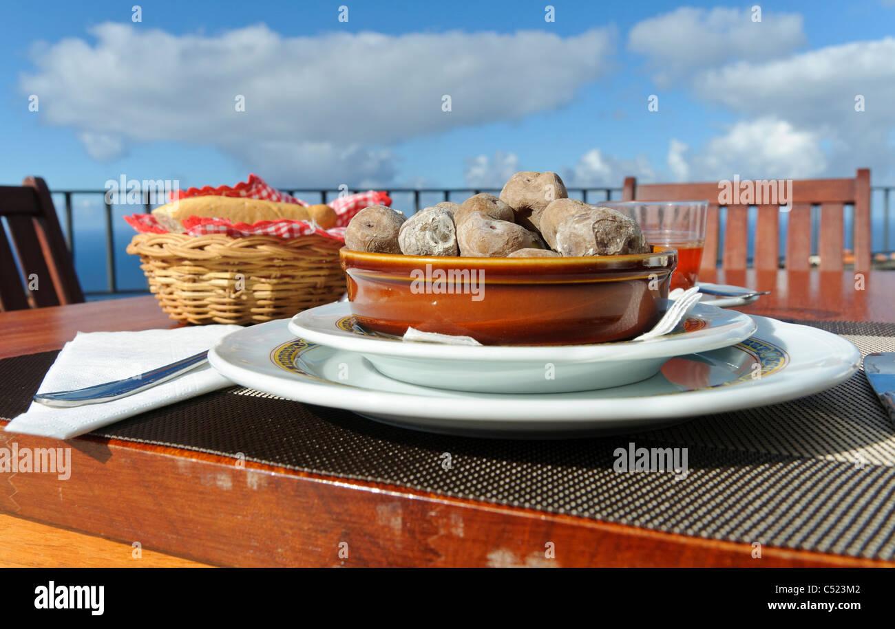 Kanarische Küche Teneriffa | Traditionelle Kanarische Kuche Kanarische Runzlige Kartoffeln