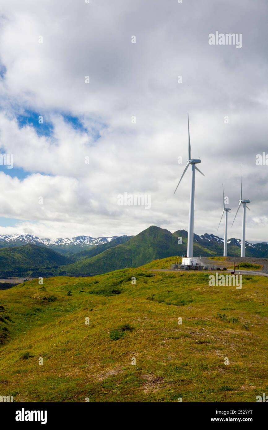 Windkraftanlagen auf Säule Berg für die Säule Berg Windprojekt, Kodiak Island, Alaska Stockbild
