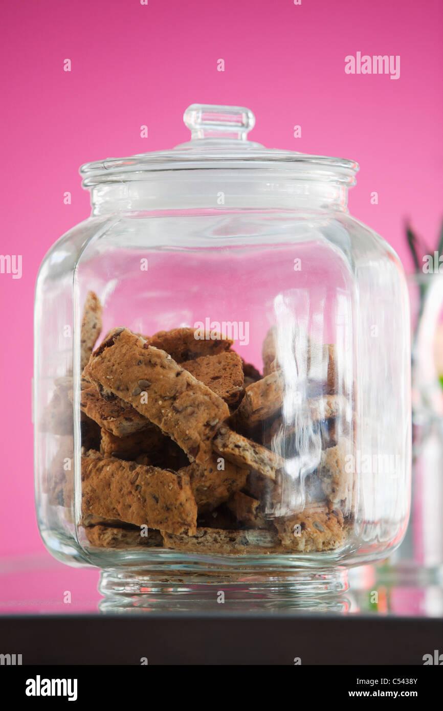 Cookies in einem Glas in einem restaurant Stockbild